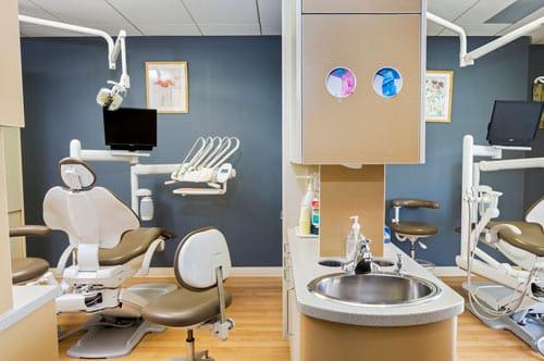 work station of dental clinic Calgary NE